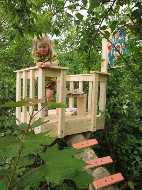 construieste-o-casa-in-copac-pentru-copilu-tau-24-idei-magice-1001
