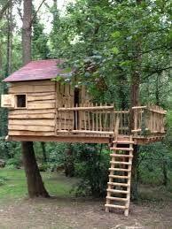 construieste-o-casa-in-copac-pentru-copilu-tau-24-idei-magice-7